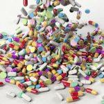 Interneten is bejelenthető a gyógyszerek mellékhatása