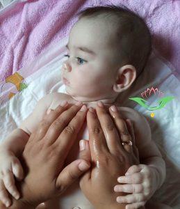 koraszülött masszázs, baba, ayurvéda, ayurvédikus babamasszázs
