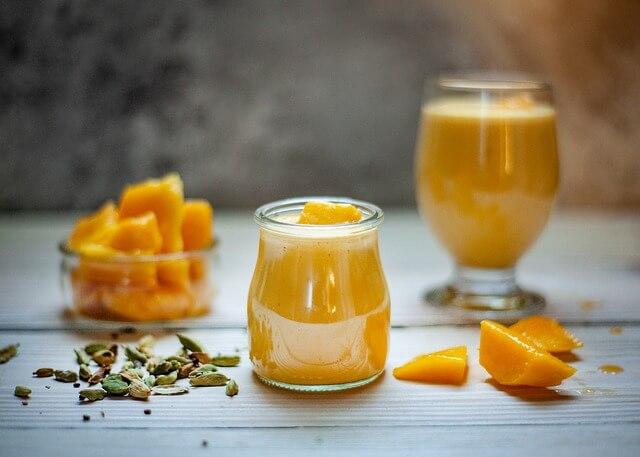 Mango lassi recept – mango lassi otthoni elkészítése