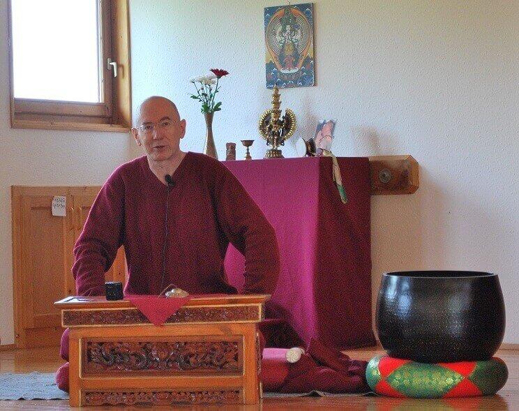 Lílávadzsra, Pressing Lajos, buddhizmus