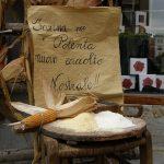 Puliszka kukoricalisztből dolcelatte (márvány) sajttal